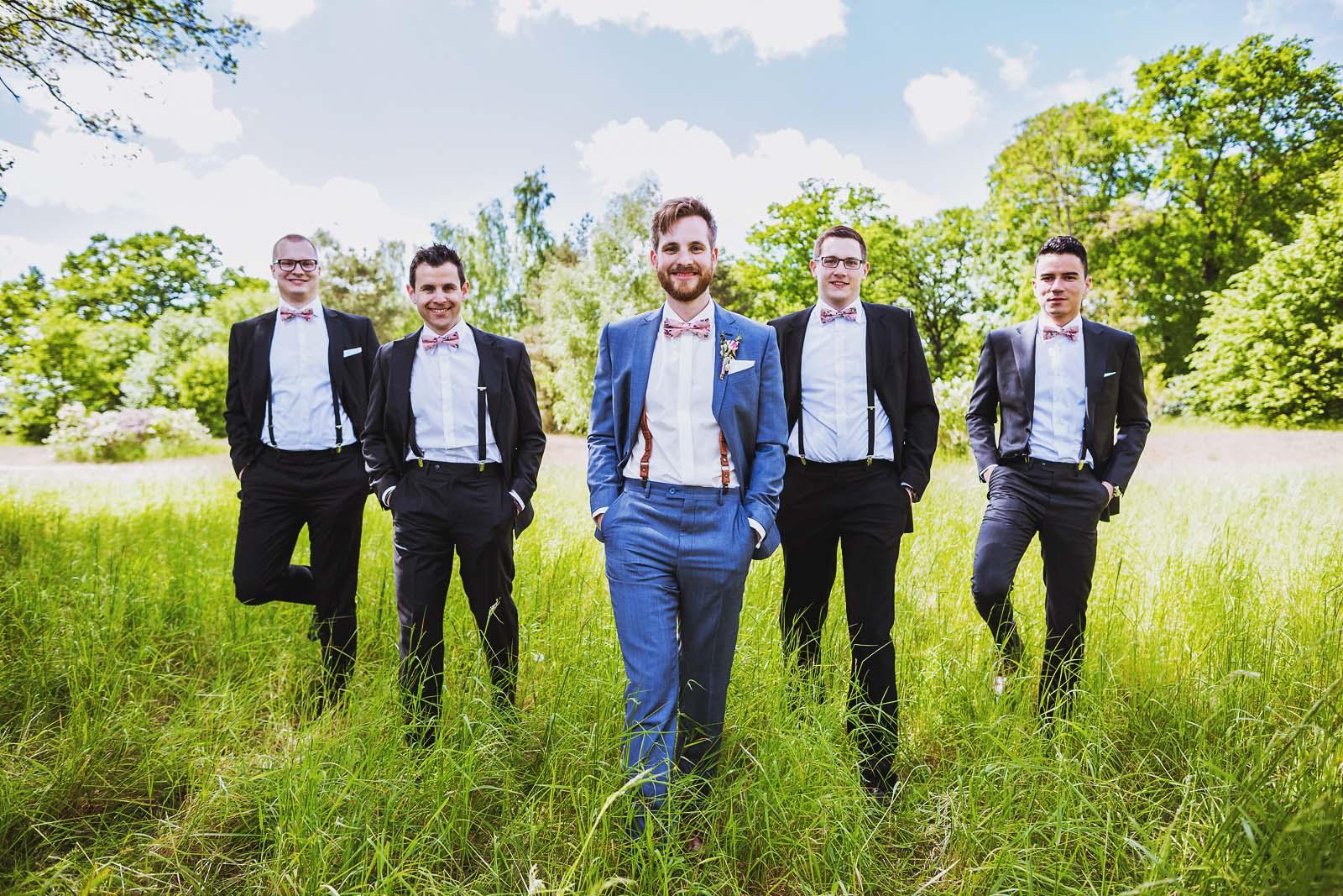 30-Best-Men-und-Braeutigam-Hochzeitsfotograf-erstellt-Gruppenfoto Hochzeitsfotograf © www.hochzeitsfotograf-berlin.net