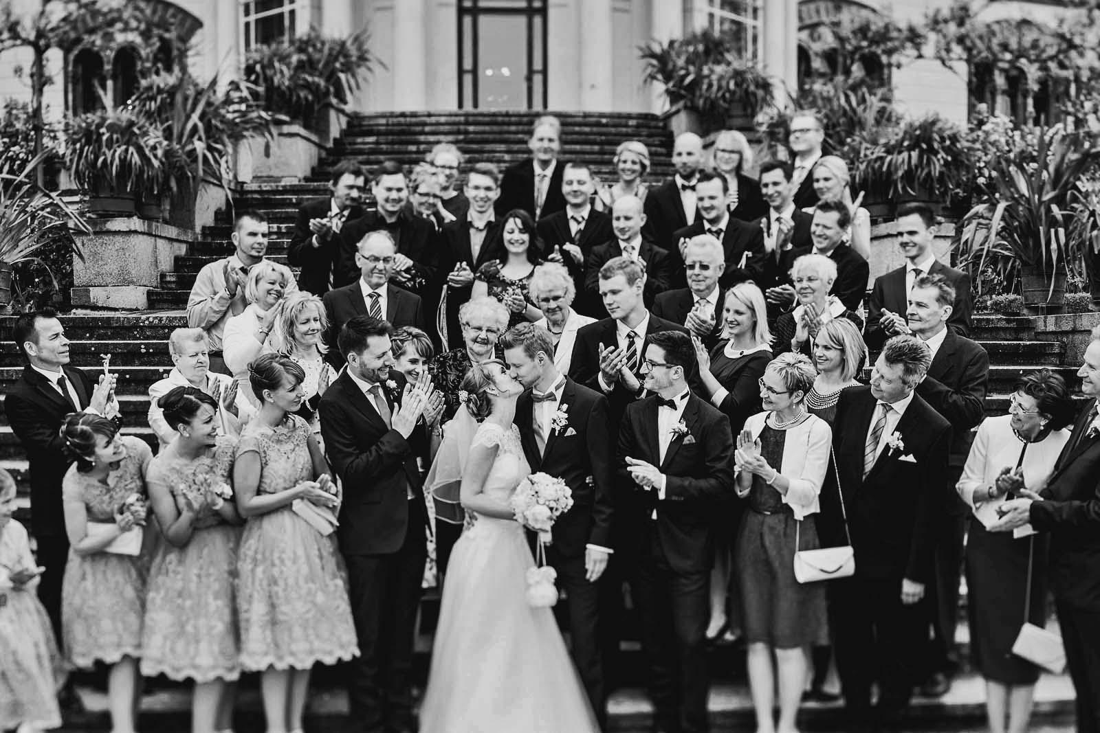 Gruppenfoto vom Hochzeitsfotograf Berlin Copyright by Hochzeitsfotograf www.berliner-hochzeitsfotografie.de