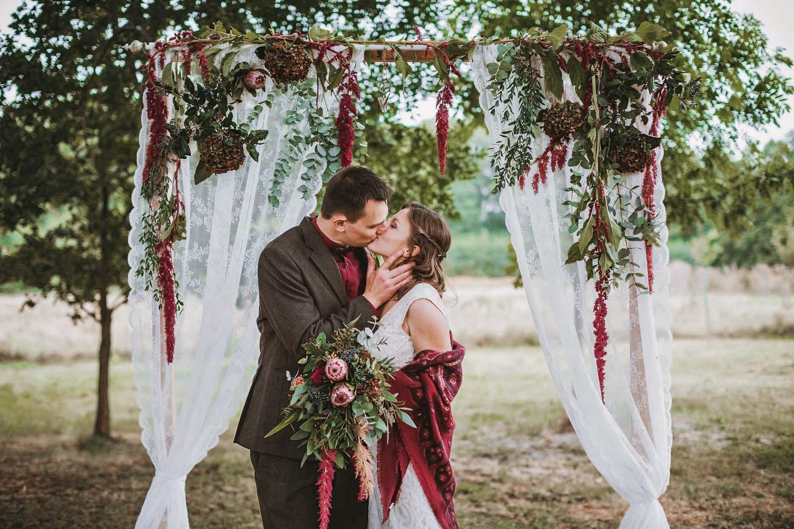 Hochzeitsfotograf einer Vintage Hochzeit Copyright by Hochzeitsfotograf www.berliner-hochzeitsfotografie.de