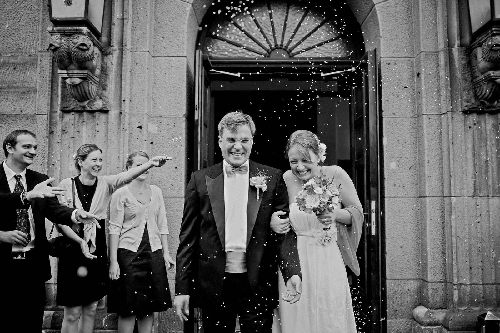 Hochzeitsreportage am Standesamt Schoeneberg in Berlin Copyright by Hochzeitsfotograf www.berliner-hochzeitsfotografie.de